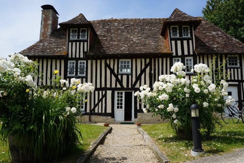 Calvados in der Normandie Fachwerkhaus