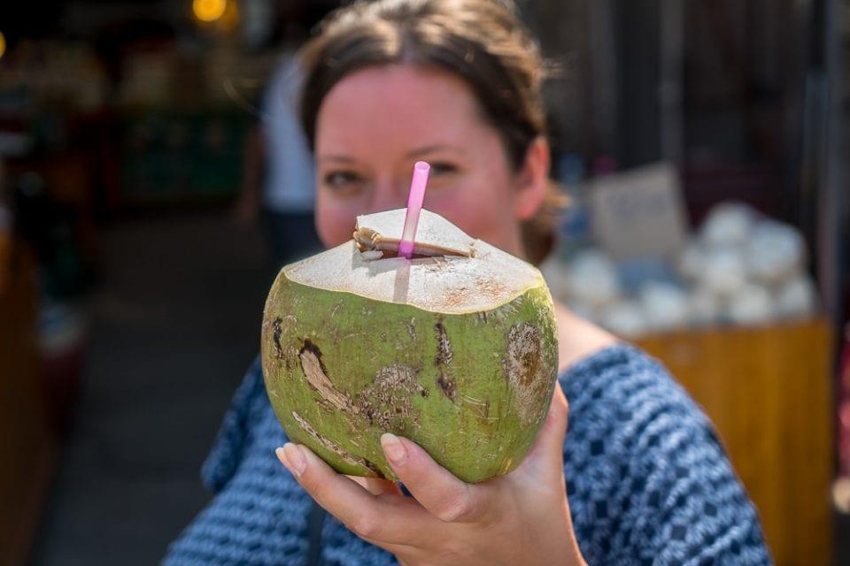 Kokosnuss thailand trinken