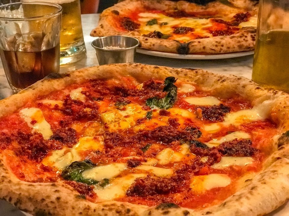 neapolitanische Pizza Essen in London